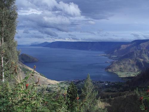 صور جمال الطبيعة ومعالم السياحة في اندونيسيا